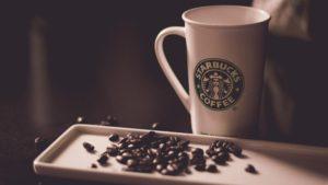 アイスコーヒーはデカフェに変更して飲むことができる【50円】