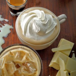 スタバのホワイトモカの値段・カロリー・カフェインは?