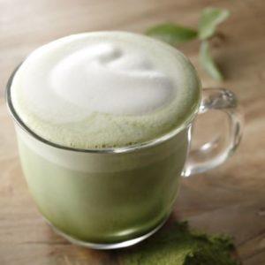 冬のホットドリンク⑤:抹茶ティーラテ